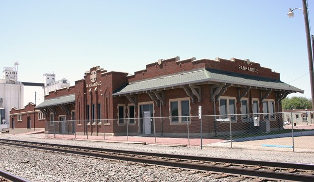 Atchison, Topeka, & Santa Fe Railroad Depot (RTHL)