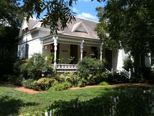 Edna J. Moore Seaholm House (RTHL)